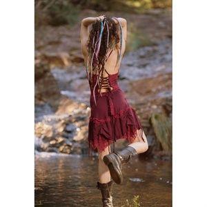 Arya Clothing